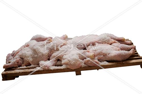 salting chickens